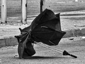 Uncertain coverage (image: commons.wikimedia.org/wiki/File%3AForgotten_umbrella.jpg)